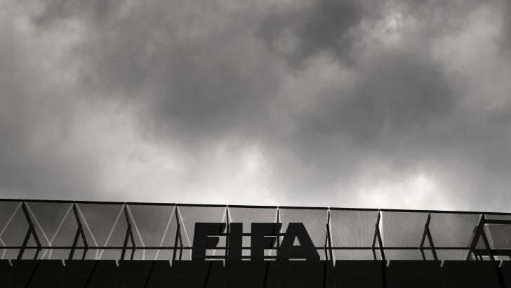 Silvia Pisani: «Parece una película… Blazer vivió con un micrófono adentro de la camisa durante tres años para conseguir pruebas contra la FIFA»