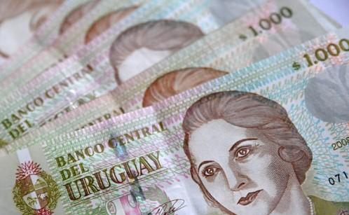 El gobierno cambió el criterio de ajuste de las franjas del IRPF y del IASS
