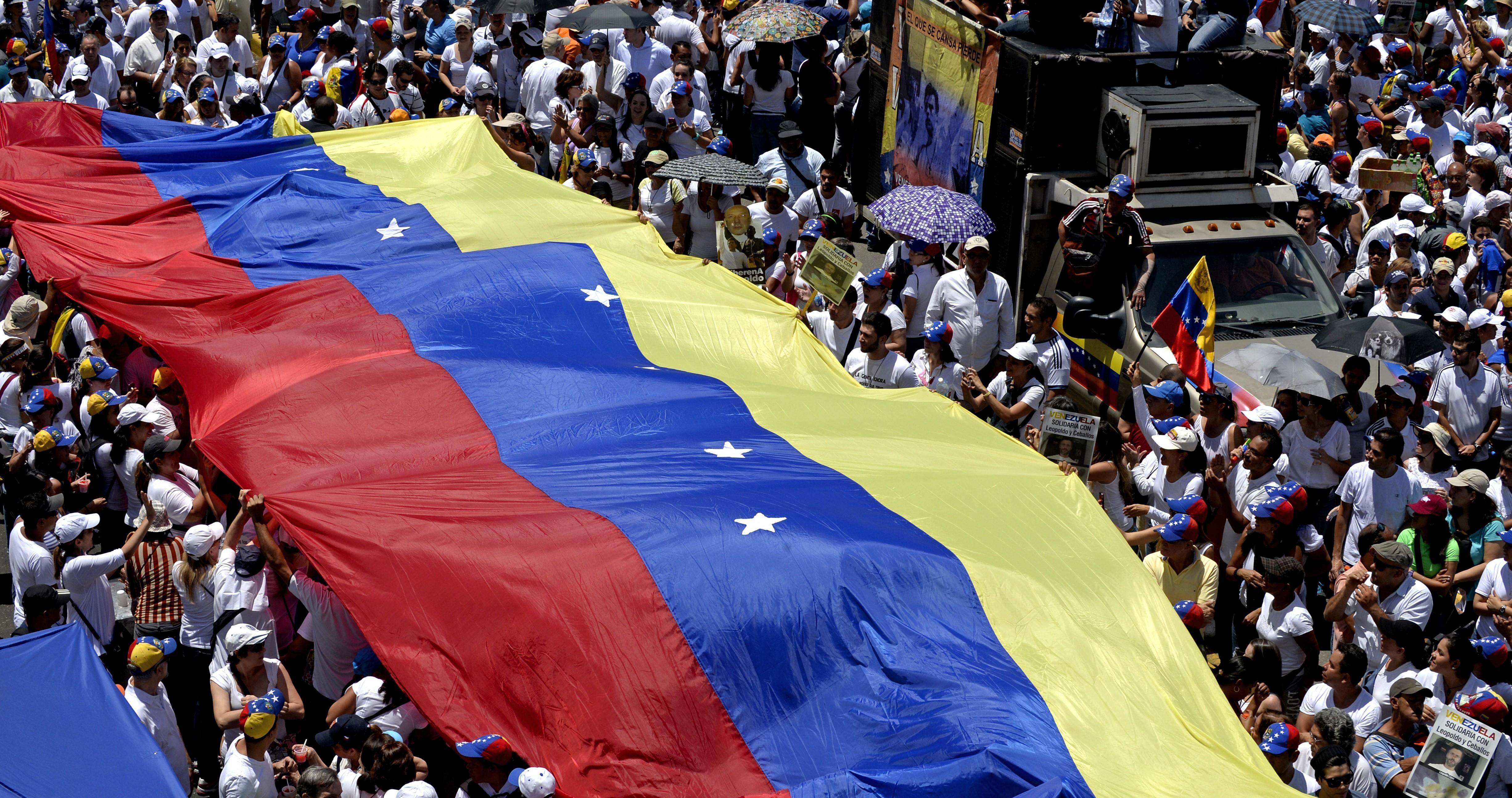 """Venezuela: Asamblea Nacional denunció un """"golpe de Estado"""""""