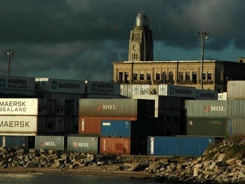 ¿A qué se debe el descenso de las exportaciones?