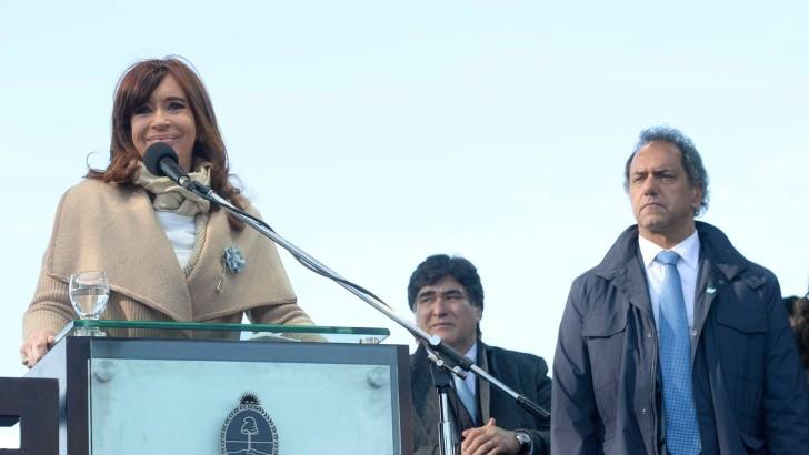 Análisis internacional: ¿Cómo podría jugar Cristina Kirchner en un gobierno encabezado por Daniel Scioli?