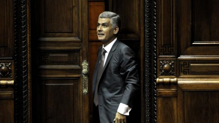 """Rodrigo Goñi (PN): """"Inadmisible, inoportuna e inconveniente"""" propuesta del FA para reformar la Constitución"""