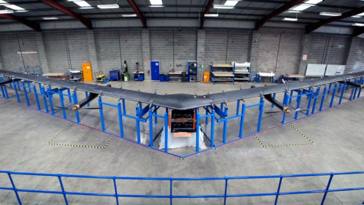 Conexión aérea: Avión de Facebook promete Internet en todo el planeta