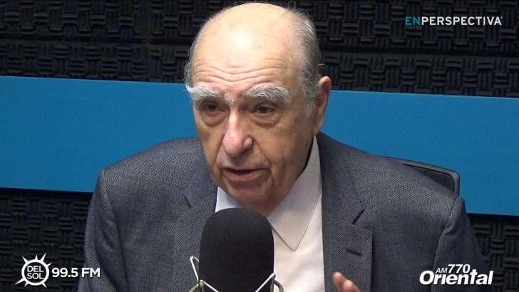 Julio María Sanguinetti: «Apelo a que el debate sobre el velo islámico en las escuelas públicas culmine con una ley»