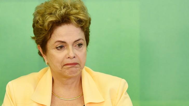 ¿Cómo afecta a Uruguay pérdida del grado inversor de Brasil?