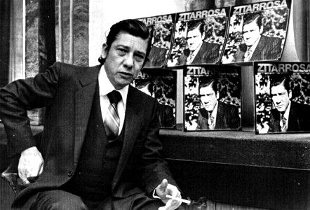 <em>Homenaje a Zitarrosa</em>: Vida y obra del cantor oriental en una <em>Mesa</em> especial de <nobr>En Perspectiva</nobr>