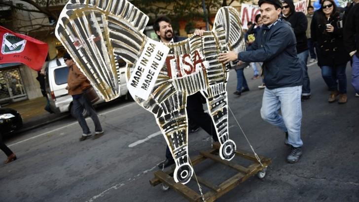 Sobre el abandono de las negociaciones por el TISA