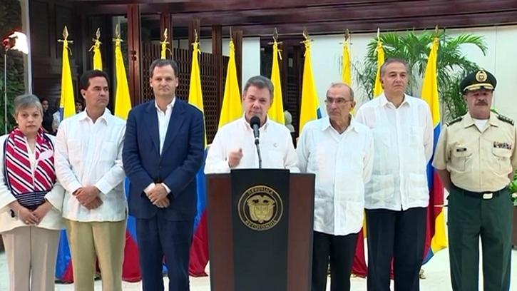 """Colombia: Gobierno y las FARC alcanzaron un acuerdo de paz """"irreversible"""""""