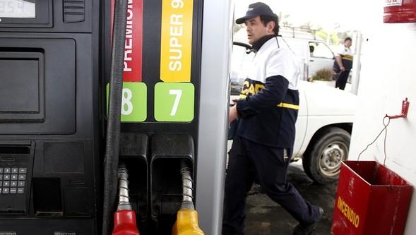 <em>Análisis económico</em><br>La rebaja de los combustibles: ¿Podría haber sido mayor?