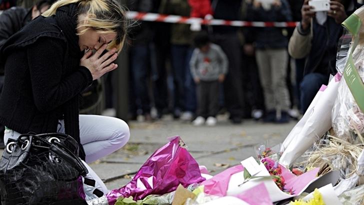 <em>Atentados en París</em><br>¿Cómo reaccionar a la tragedia?