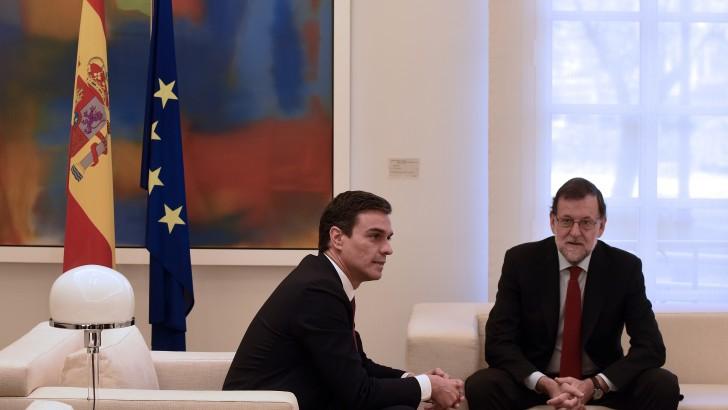 <em>Análisis económico</em><br>Mientras España espera formar Gobierno: ¿Qué pasa con su economía?