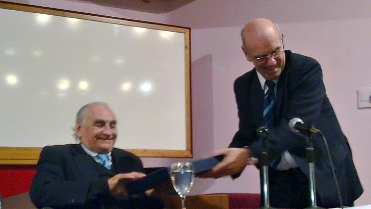 <em>Mario Bucheli (1926-2015)</em><br>Saber económico al servicio del país y sus instituciones