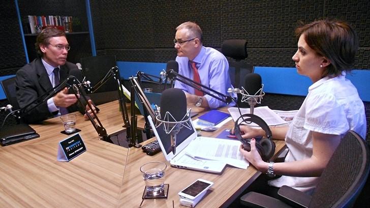 Entrevista central, jueves 10 de diciembre: Martín Vallcorba
