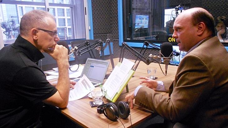 Entrevista central, viernes 18 de diciembre: Santiago de Tezanos