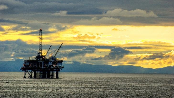 El petróleo se desploma pero no arrastra a los <em>commodities</em> que exporta Uruguay