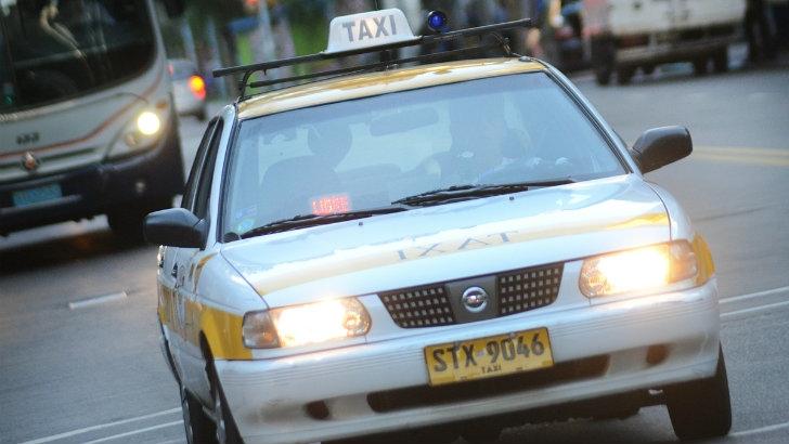 Sobre el efectivo en los taxis