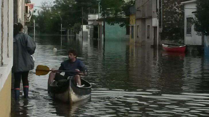<em>Inundaciones</em><br>Santa Lucía y su costumbre de lidiar con las crecidas