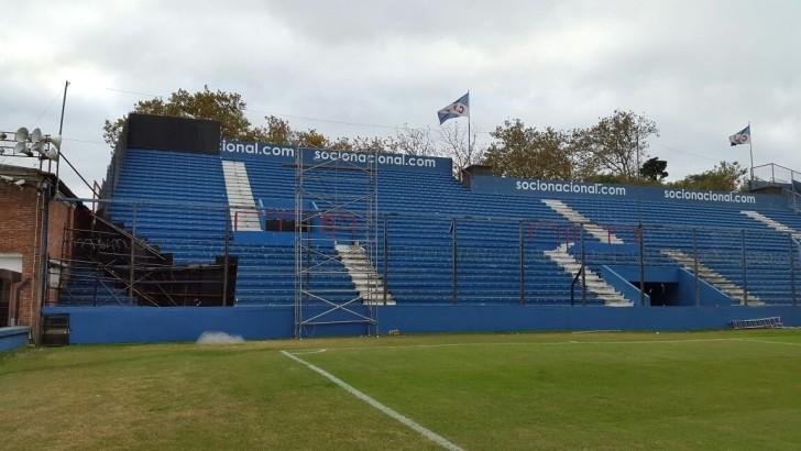 Nacional reacondicionó una tribuna del Parque Central para recibir a los hinchas de Boca