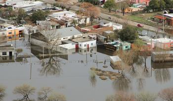 <em>Ventana al Futuro</em><br>Alerta Temprana de Inundaciones: Cómo ganarle la carrera al río