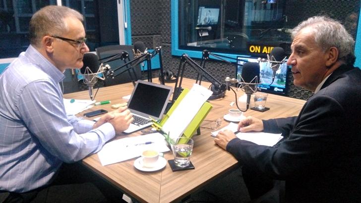 Entrevista central, martes 5 de julio: Juan Miguel Petit