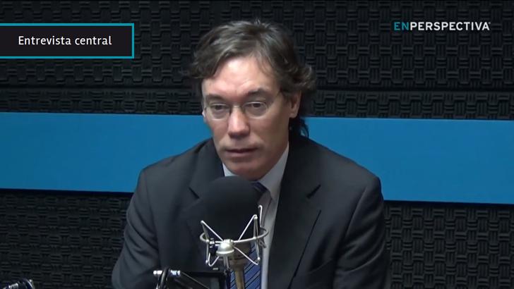 """Habilitar retiro de pequeñas cantidades de dinero en comercios es un """"avance"""" para que """"no sea un problema"""" vivir con menos efectivo, dice Martín Vallcorba (MEF)"""