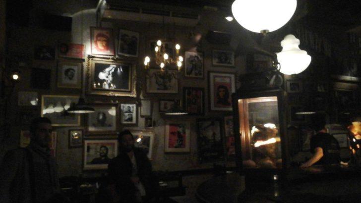 Buenos Aires: <em>Pub crawl</em>, una recorrida grupal y con descuentos por bares de la ciudad