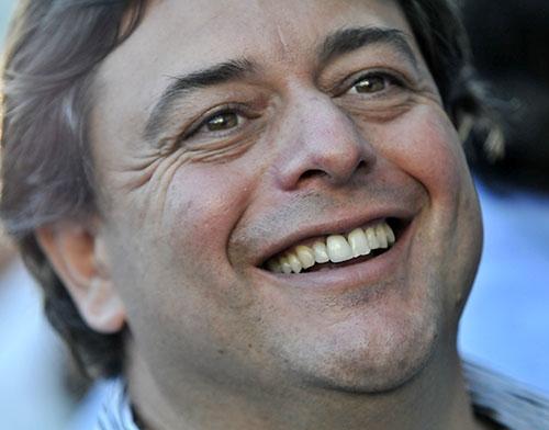 <em>Novick suma a su primer legislador blanco</em><br>«Con la billetera nunca me corrió nadie», dice diputado Daniel Peña