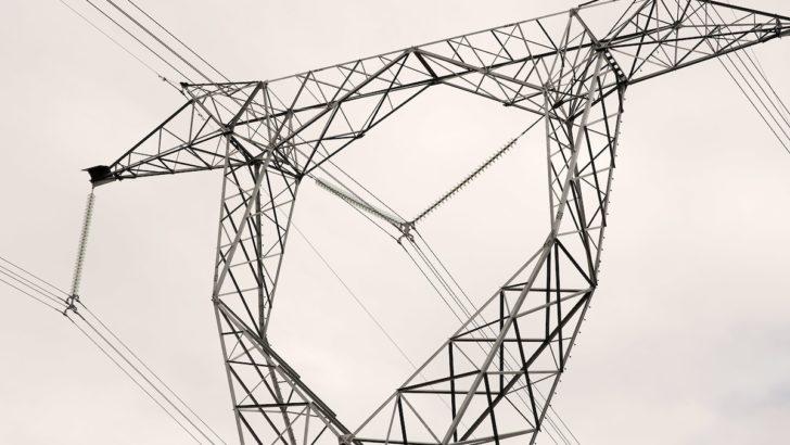 <em>Gobierno resolvió no adelantar horario</em><br>«No es bueno que se interrumpa una política de eficiencia energética», dice experto