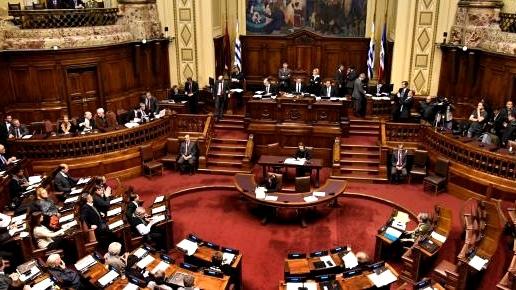 Sobre las sesiones ordinarias de la Cámara de Representantes