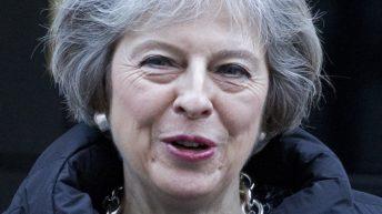 Theresa May confirma que el 'Brexit' dejará a Reino Unido fuera del mercado único