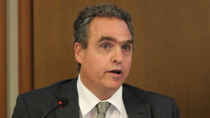 """Educación: """"Frente al modelo conservador con ajustes, proponemos el modelo transformacional con propuesta"""", dice Renato Opertti, de Eduy21"""