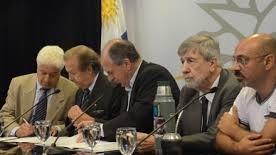 <em>Negociación colectiva</em><br>Empresarios acusan al PIT-CNT de tener «falta de madurez» para hacer cambios y retoman queja en OIT