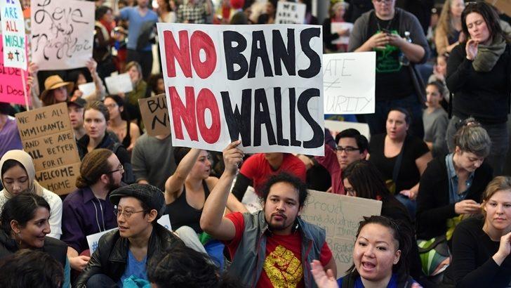 <em>EEUU</em><br>Trump está renunciando a la responsablidad internacional de recibir refugiados, dice activista