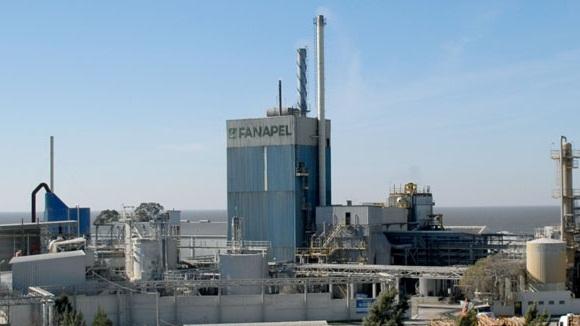 <em>Cierre de Fanapel</em><br>Sindicato busca que UPM y Montes del Plata vendan materia prima más barata al sector papelero