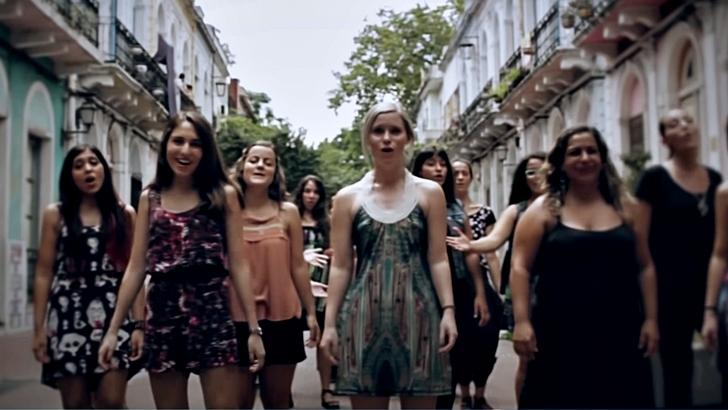 <em>La Música del Día</em><br>Coro Panambí: <em>La mujer que mueve el mundo</a></em>