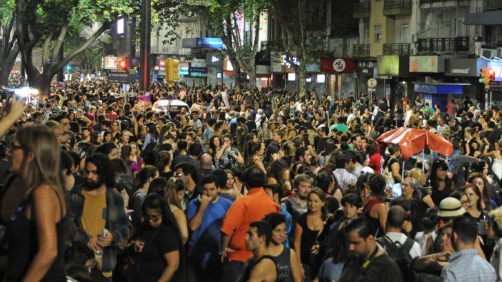 <em>Día de la mujer</em><br>Tras histórica marcha, feministas presionan por aprobación de la ley de violencia basada en género