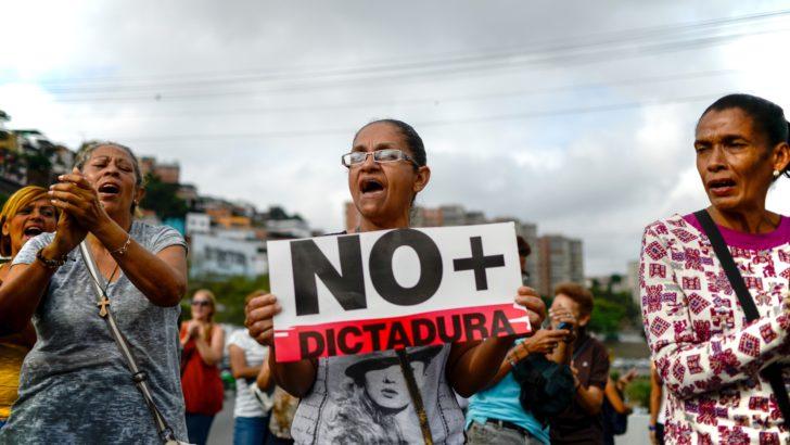 """""""No me gusta para nada que el Poder Legislativo haya sido suspendido en sus funciones"""", dice Roberto Chiazzaro (PS)"""