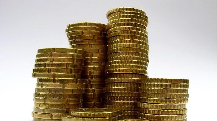 Inflación anual baja a 6,5 % en abril y se mantiene en el rango objetivo