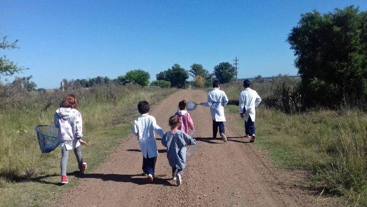 Alumnos de escuela rural aprenden con los «cuentos con fantasmas» de <nobr>En Perspectiva</nobr>