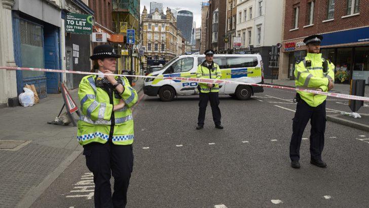Londinenses aprenden a convivir con ataques rápidos y poco planificados