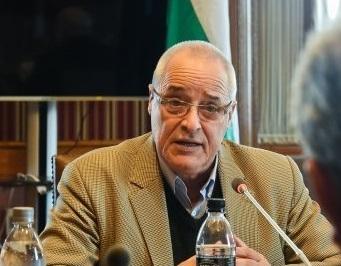 «Para ingresar a un bloque comercial debemos tener un estudio de impacto serio», dice diputado Chiazzaro (FA)