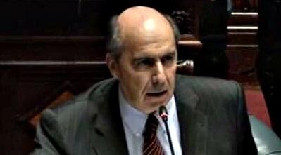 """""""No tengo dudas de que esto es parte del ajuste fiscal"""", dice senador Amorín"""