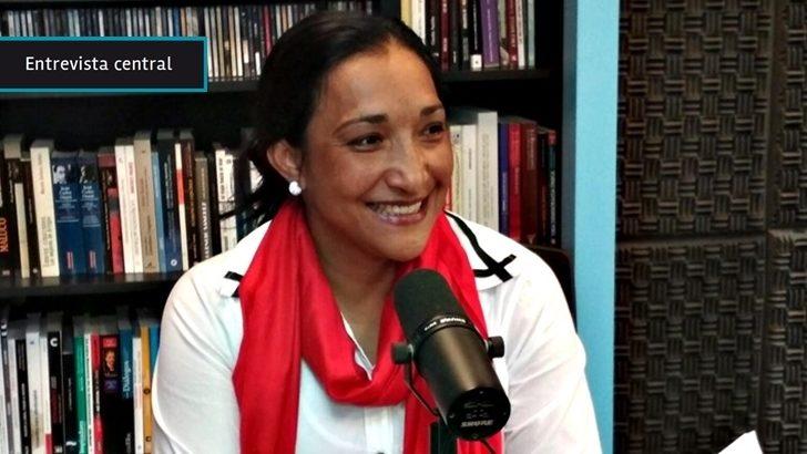 «Hubo más plata para la guerra que la que se va a desembolsar para construir la paz», dice Fanny Castellanos ex combatiente de las FARC