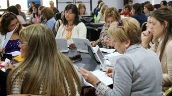 Proponen reforma de carrera docente priorizando la formación profesional