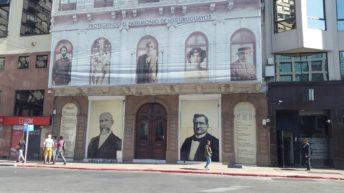Restauran edificio histórico de la Plaza Independencia