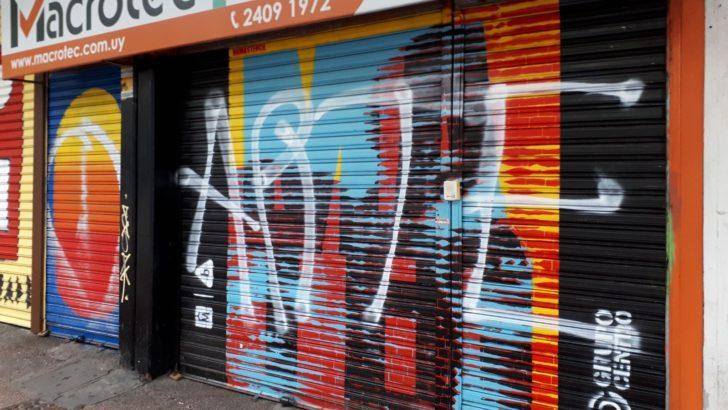 ¿Qué ocurrió con los murales pintados en las cortinas de los comercios céntricos?