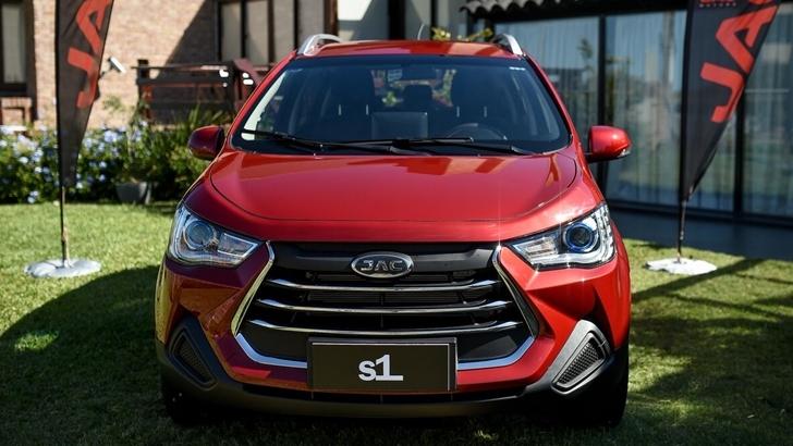 JAC presenta su nueva SUV compacta en Uruguay