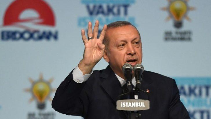¿A qué se debe el desplome de la moneda en Turquía?