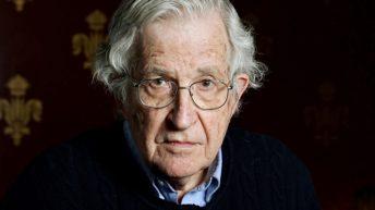 <em>Noam Chomsky: Optimismo contra el desaliento</em>, entrevistas de C. J. Polychroniou