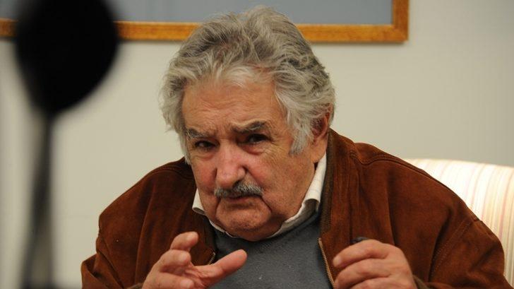 """Mujica adelantó que se reúne hoy con Astori y le presentará """"dos o tres nombres"""" de frenteamplistas independientes como posibles precandidatos; además dijo que el MPP no apoya al ministro de Economía"""